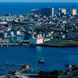 Arlane Crump - Atlantic Cityscape