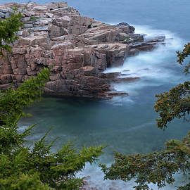 Juergen Roth - Atop of Maine Acadia National Park Monument Cove