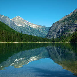 Avalanche lake by Jeff Swan