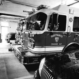 B W Fire Truck by Mario Prata