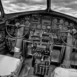B17 Nine-O-Nine cockpit v2