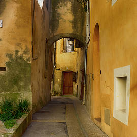 Hugh Smith - Back Street Vendres