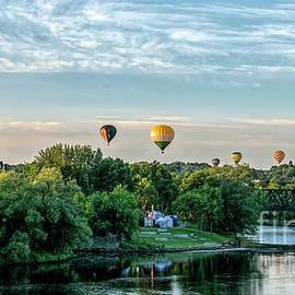 Jan Mulherin - Balloon Festival Panorama