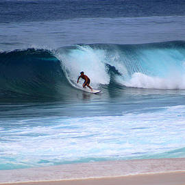 Michael Rucker - Banzai Pipeline Oahu