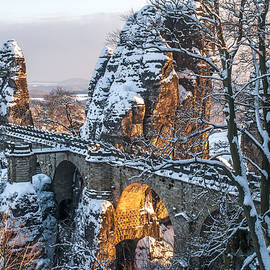 Jenny Rainbow - Bastei. Saxon Switzerland