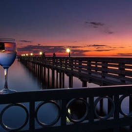 Ron Wiltse - Bay Shore Park Pier Wine Glass Sunset