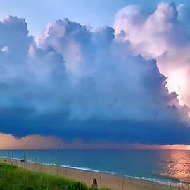 Jenn Teel - Beach Front Lightning
