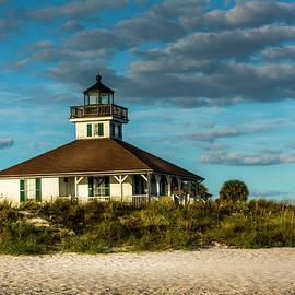 Beach Lighthouse - Marvin Spates