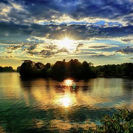 Lilia D - Beautiful light of the Golden hour