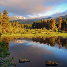 Gregory Ballos - Beautiful Morning in Rocky Mountains - Colorado