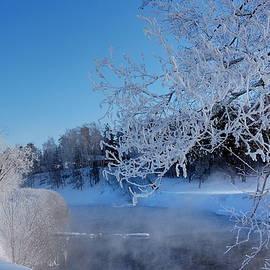 Yuri Hope - Beautiful Winter