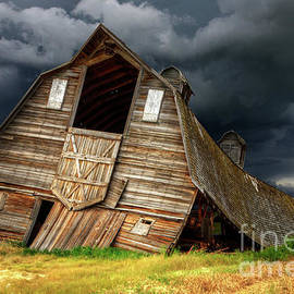 Beauty Of Barns 12 by Bob Christopher