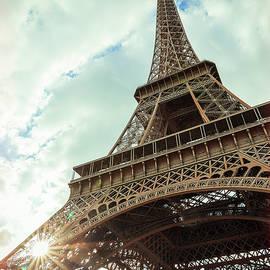 Youshij Yousefzadeh - Beauty of Eiffel
