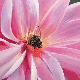 Anne Gardner - Bee-utiful