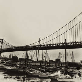 Ben Franklin Bridge from the Marina in Black and White. by Bill Cannon