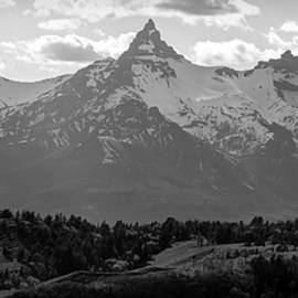 Black And White Beartooth Mountains by Dan Sproul