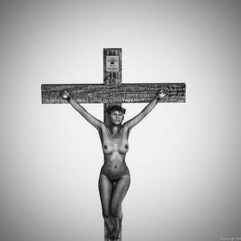 Ramon Martinez - Black Female Christ in 3D