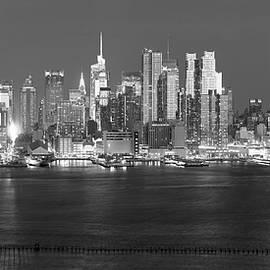 Blazing NYC skyline bw by Patrick Jacquet