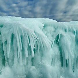 David T Wilkinson - Blue Ice Spray