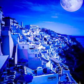 Rdm-Margaux Dreamations - Blue Moon Over Fira Santorini