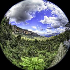 Blue Mountains Fisheye by Chris Cousins