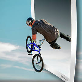 Brian Wallace - BMX - Air Time