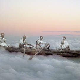 Martina Rall - Boating on clouds