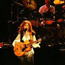 Bonnie Raitt-0011 by Gary Gingrich Galleries