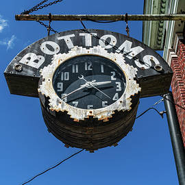 Sharon Popek - Bottoms Clock Sign
