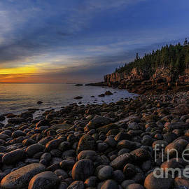 Boulder Beach Sunrise by Jerry Fornarotto