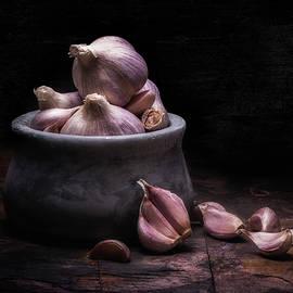 Bowl of Garlic by Tom Mc Nemar