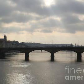 Margaret Brooks - Bridge over Prague river