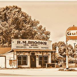 Brooks General Store by Ben Prepelka