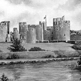 Andrew Read - Caerphilly Castle bw