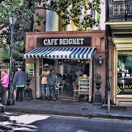 Reese Lewis - Cafe Beignet On Royal Street