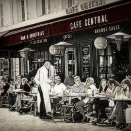 Cafe Central in Paris by Toni Abdnour