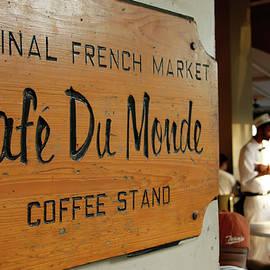 Cafe Du Monde by KG Thienemann