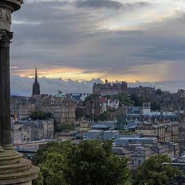 Calton Hill - Edinburgh - Joana Kruse