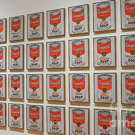 Patricia Hofmeester - Campbell soup by Warhol