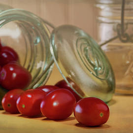 Tom Mc Nemar - Canned Tomatoes - Kitchen Art
