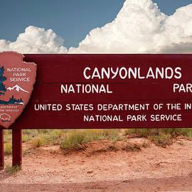 Thomas Woolworth - CanyonLands National Park Signage 01