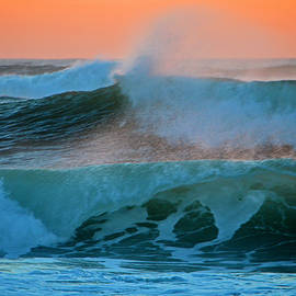 Dianne Cowen - Cape Cod Sunrise by the Sea