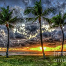 Reid Callaway - Captivating Sunset Maili Beach Park Pokai Bay Oahu Hawaii Collection Art