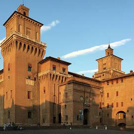 Marina Usmanskaya - Castello Estense. Italy