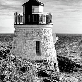 Castle Hill Lighthouse in Black and White by Stephen McCabe