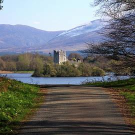 Aidan Moran - Castle On The Lakes
