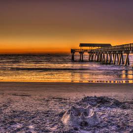 Reid Callaway - Castles In The Sand Tybee Island Pier Sunrise Art