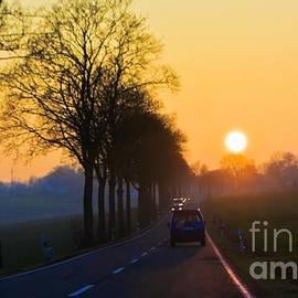 Tatiana Travelways - Catching the sun