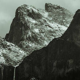 Cathedral rocks by Sean O'Cairde