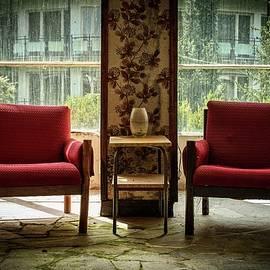 Chairs by Mateusz Bilinski